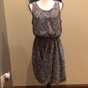 Anthro Maeve Split Bubble Hem Floral Dress Size 8